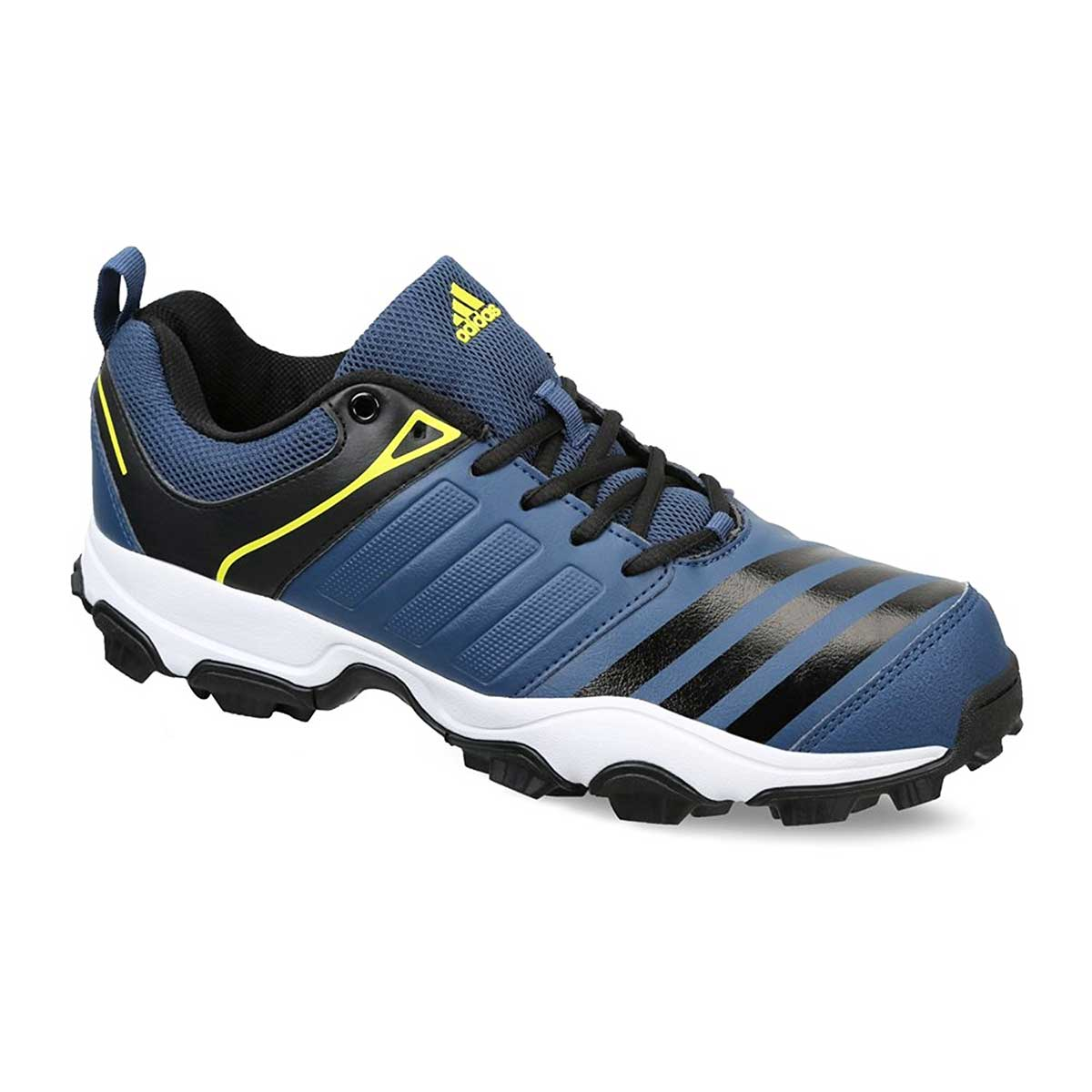 29f8e34b5c7d8 Buy Adidas 22 Yards Trainer 16 Low Cricket Shoes Online in India