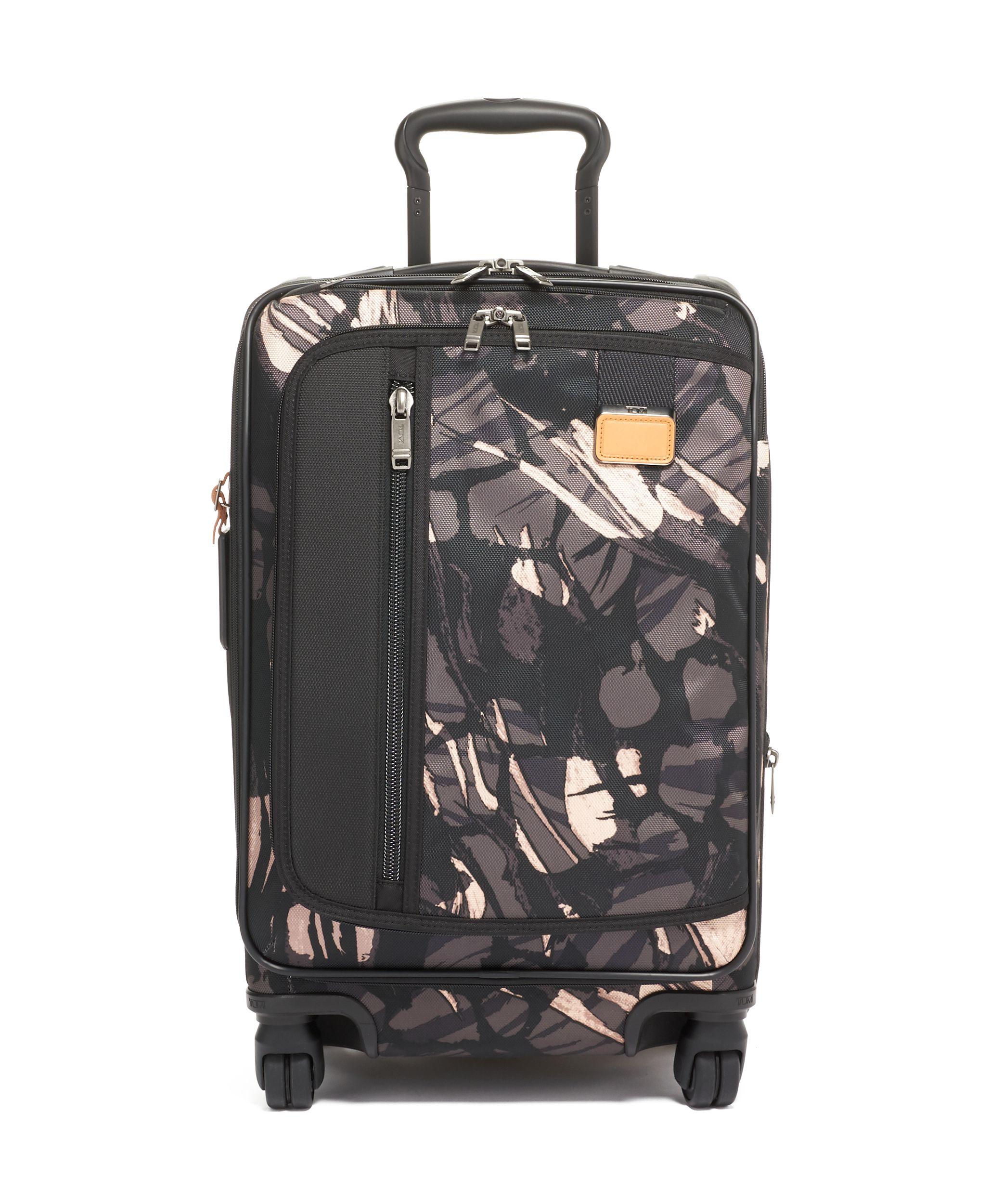 03fa42370d3b International Expandable Carry-On